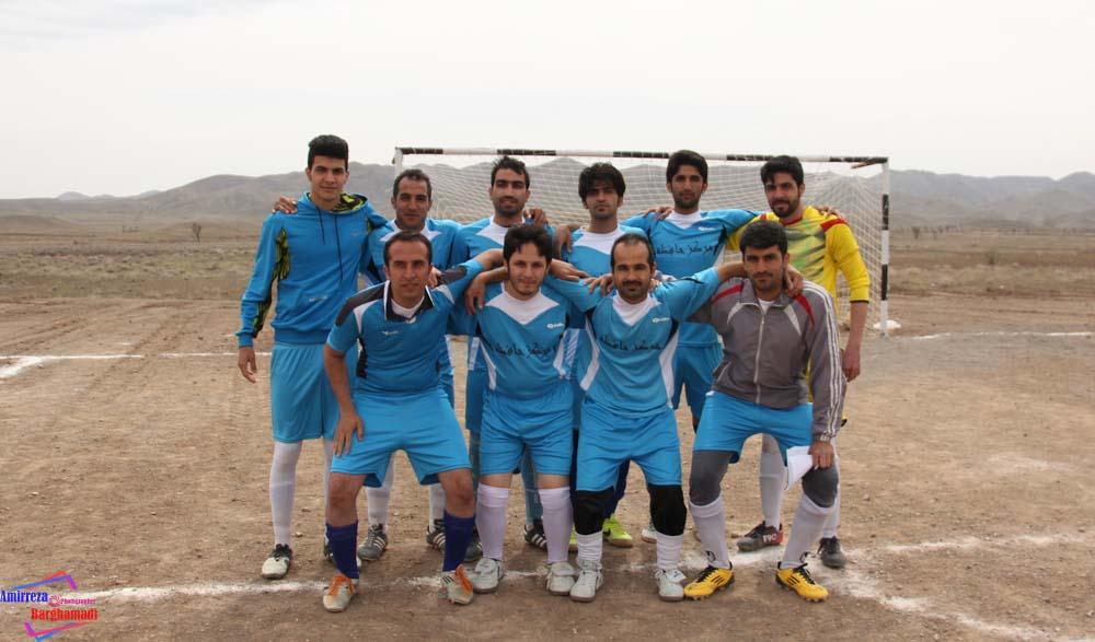 مسابقات فوتبال برغمد عید۹۴ - عکاس-امیررضا برغمدی-5559