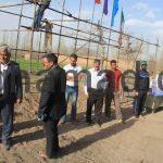 اهداء جوایز به نفر برتر مسابقه ی دومیدانی روستای برغمد سال 92